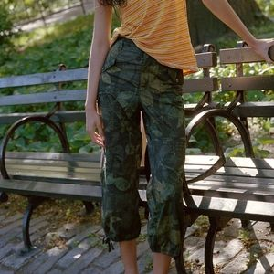 Anthropologie Green Camo Leaves Utility Crop Pants